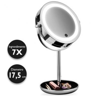 Didinantis kosmetinis veidrodis