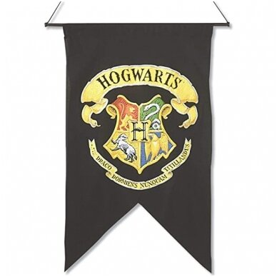"""Hogwarts"" vėliava ant sienos"